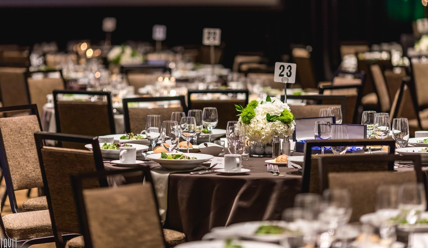 How to photograph corporate events